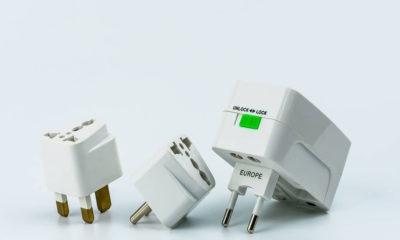 Adaptador universal de corriente. Foto: Equipaje.mx