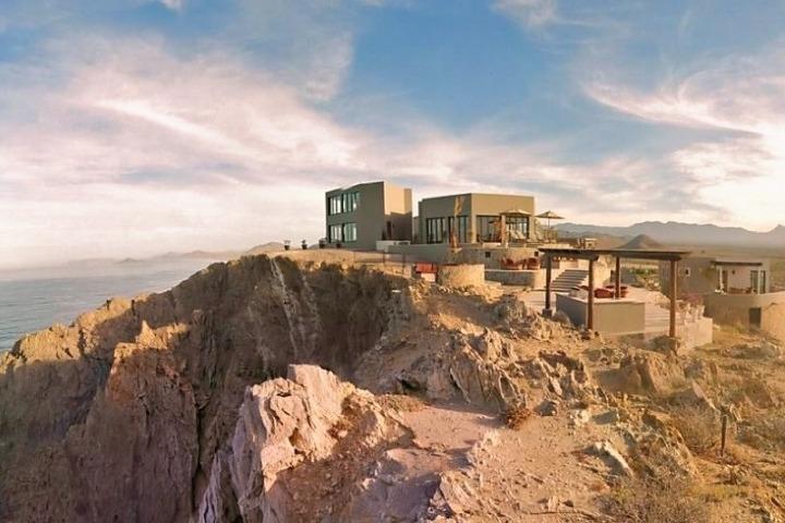 ¿Imaginabas un hotel en un acantilado? Foto: Arriba de la Roca | Facebook