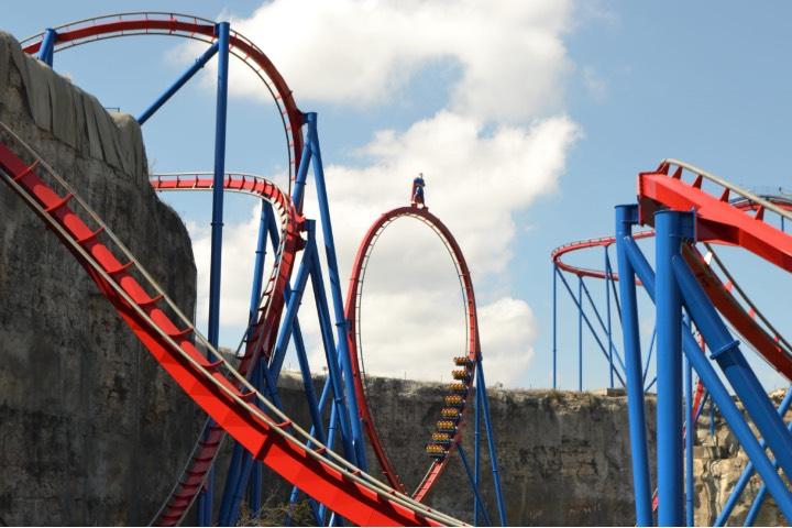 Atracciones en Six Flags Fiesta Texas. Foto: Six Flags