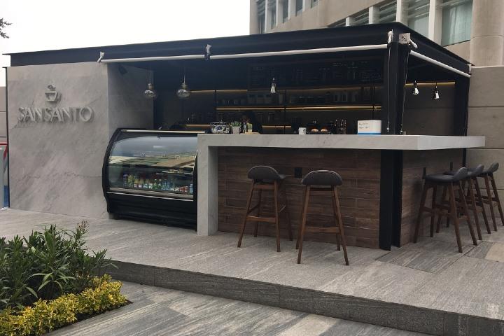 Puedes disfrutar del café en el establecimiento o en casa. Foto: MonchiTime