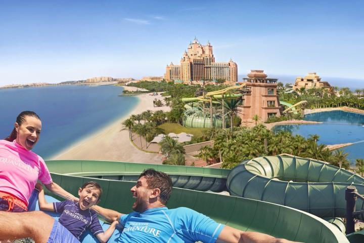 Toda la familia puede disfrutar en el Parque Aquaventure de Dubái. Foto: Expedia