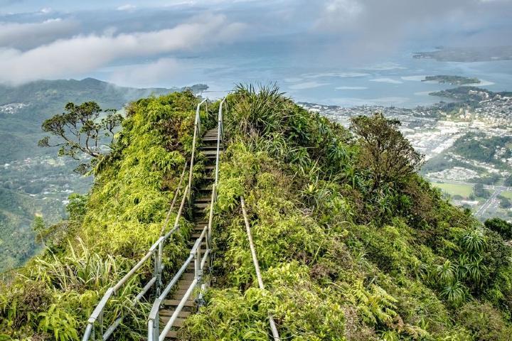 Haiku Stairs en Hawái. Foto: Hawaii News Now
