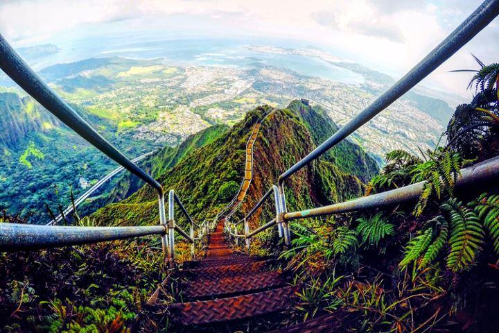 Haiku Stairs en Hawái. Foto: iExplore