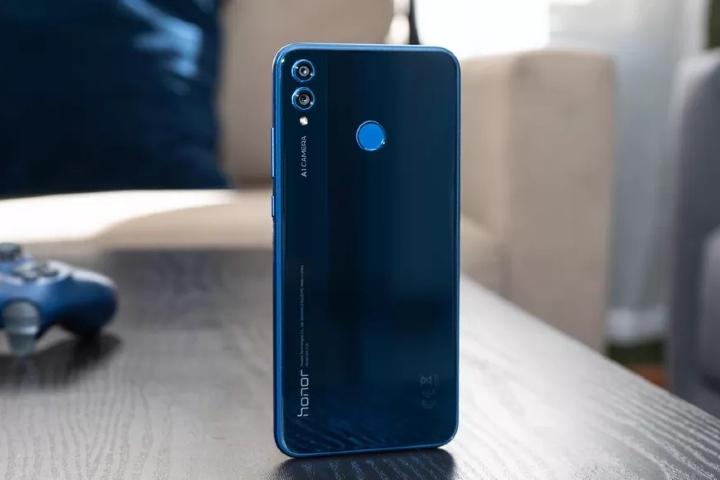 Huawei Honor 8X. Foto: CNet