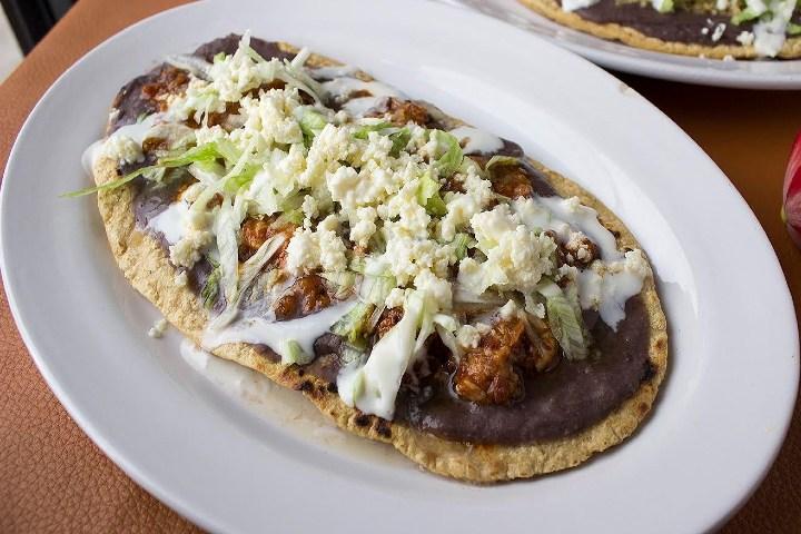 Prueba los huaraches ¡Es un antojito mexicano delicioso! Foto: Somos Mexicanos