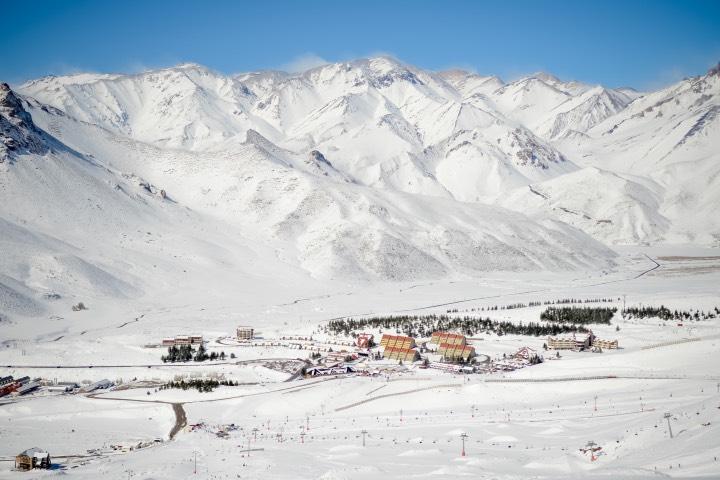 Las Leñas es un espacio ideal para esquiar. Foto: INPROTUR
