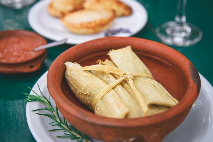 Los tamales forman parte de la gastronomía de Argentina. Foto: INPROTUR
