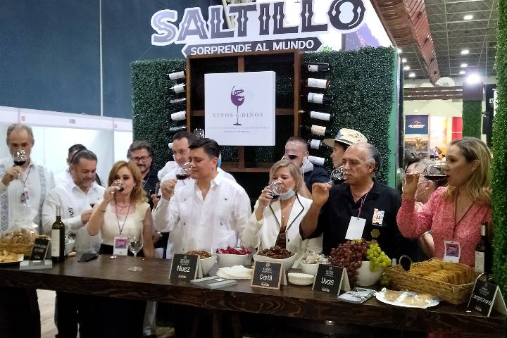 Nuevo León Festival de Viajes y Aventuras. Secretarios de Turismo. Foto: El Souvenir