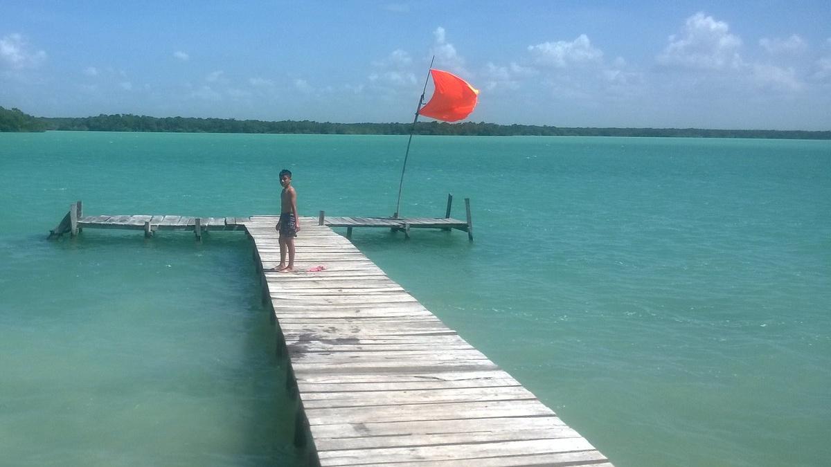 PORTADA 3 Huay Pix Laguna Milagros. Foto de Cesar Jimenez