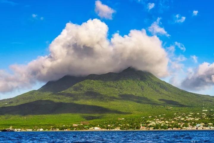 Pico Nieves. Foto: Civitatis