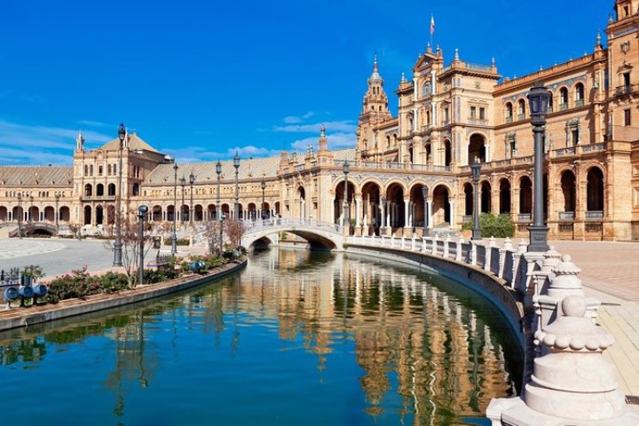 Plaza de España. Foto: Viator