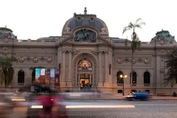 Museo Nacional de Bellas Artes en Chile es uno de los más visitados de Latinoamérica. Foto: Kalam