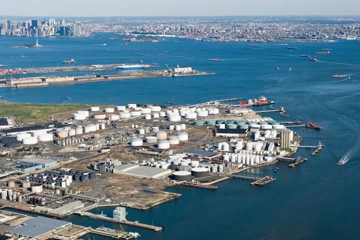 Puerto de Nueva York con vista al mar. Foto: Mega construcciones