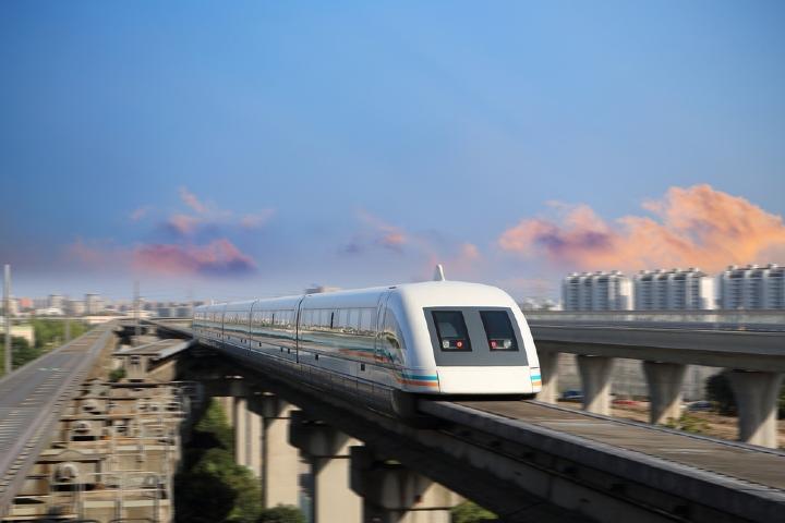 El tren Shanghai Maglev funciona con levitación magnética. Foto: 101viajes