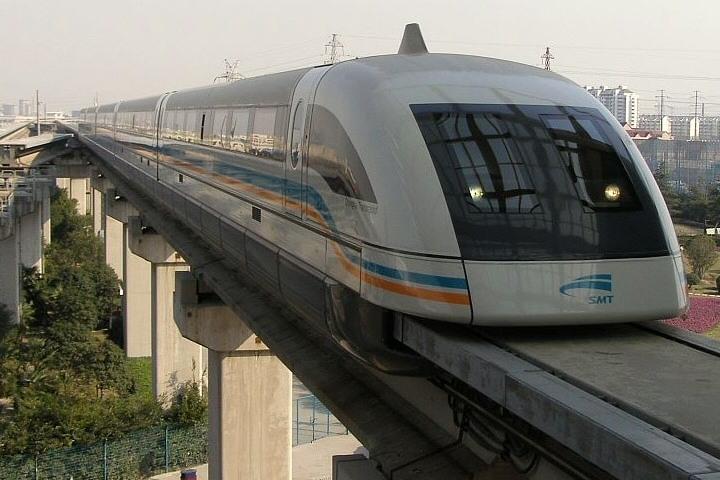 A bordo de este tren llegarás en un abrir y cerrar de ojos a tus destinos. Foto: Sitio Web