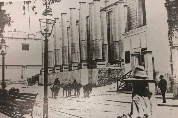 Construcción del teatro más emblemático de Guanajuato. Foto: Ibero 90.9