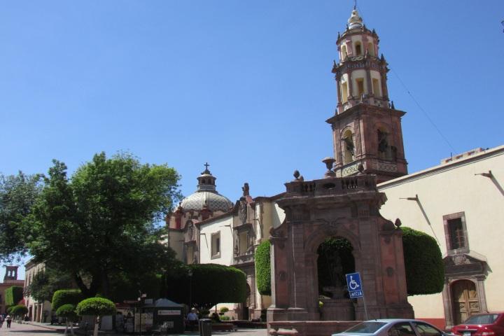 Exterior del Templo y Ex Convento de Santa Clara. Foto: sftrajan | Flickr