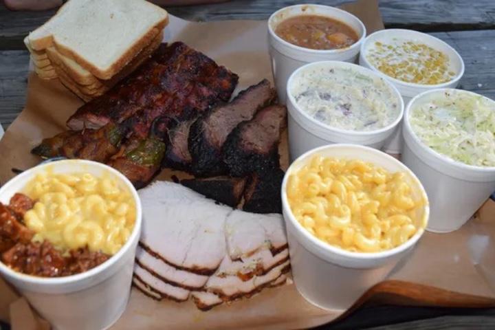 """Two Bros. BBQ Market es uno de los sitios participantes de la campaña """"Sí San Antonio"""". Foto: USA Today"""