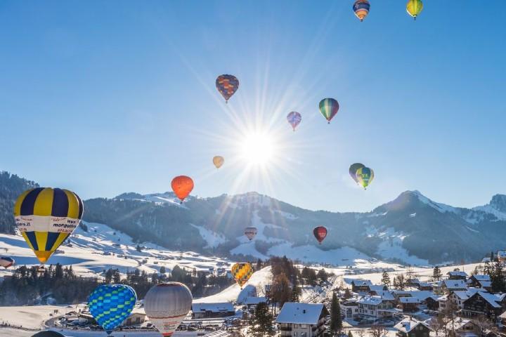Vuelo en globo por Gstaad, Suiza. Foto: Loisirs.ch