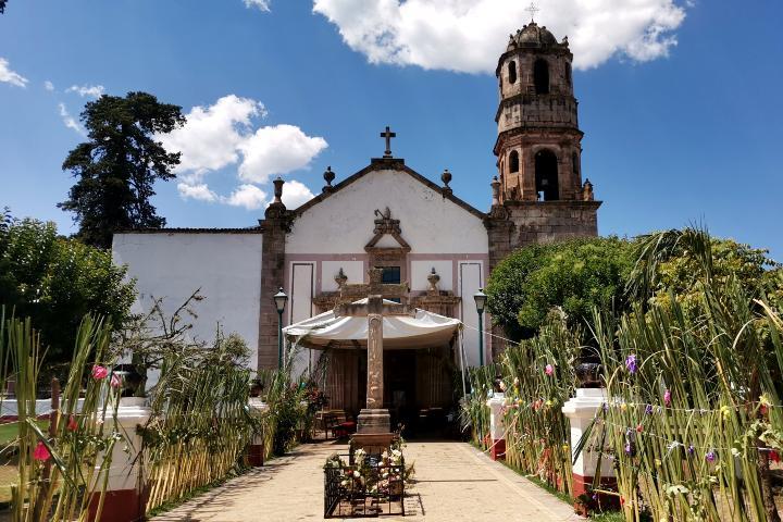 Parroquia de San Nicolás de Bari Santa Fe de la Laguna Foto Laura LLerena
