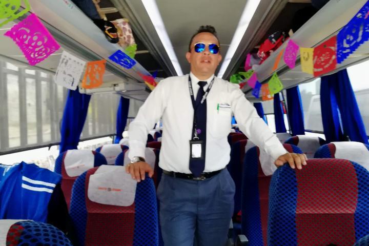 Renta de Autobuses Autotur Foto El Souvenir