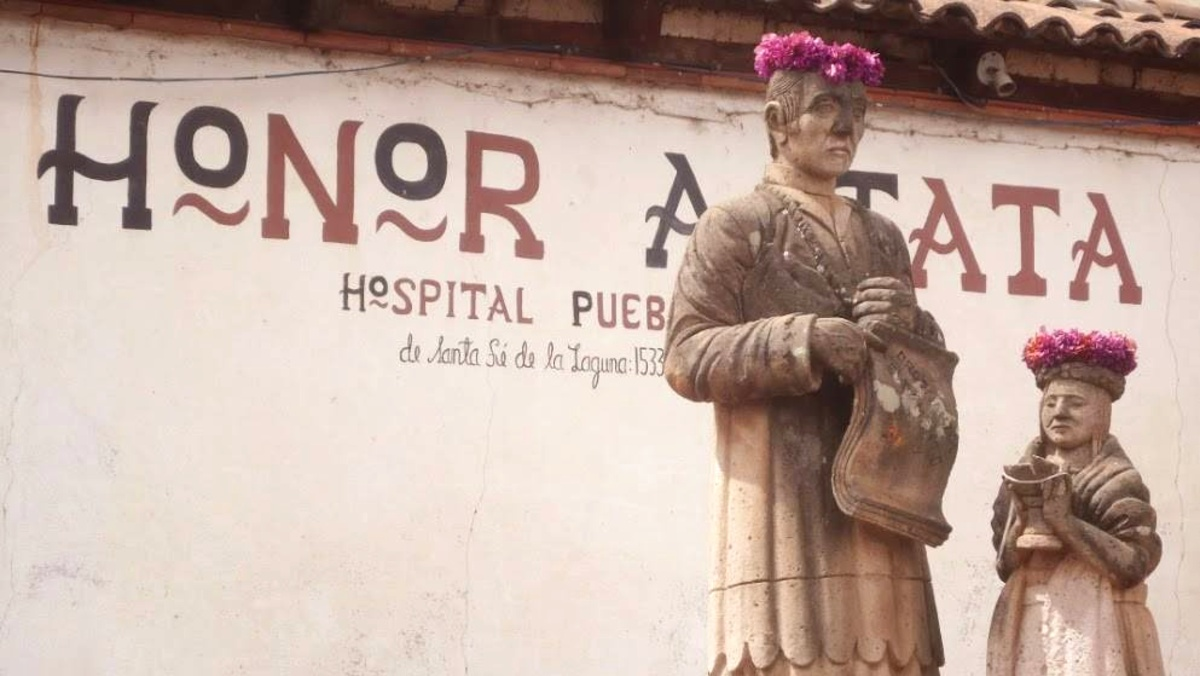 Hospital Pueblo Sta Fe de La Laguna Foto M Iturbide