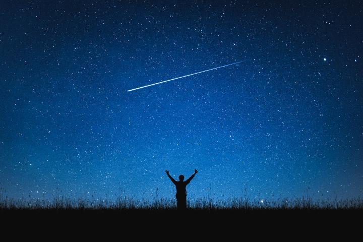 Lluvia de estrellas nocturna. Foto: JT ASTK
