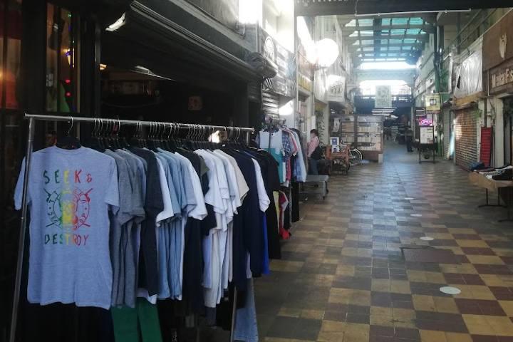 Tiendas de autor - Foto Luis Juárez J.