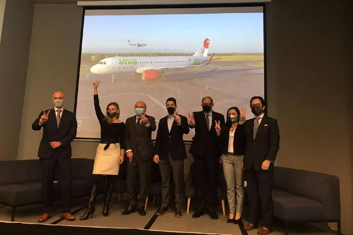 El evento reunió a los representantes del turismo en Colombia, así como de Viva Aerobus. Foto por El Souvenir.