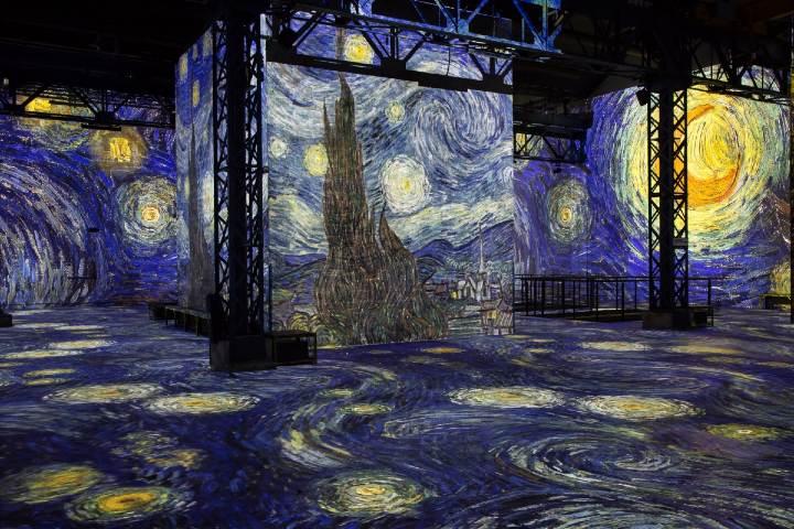 Experiencia inmersiva de Van Gogh. Foto por Global Godness.