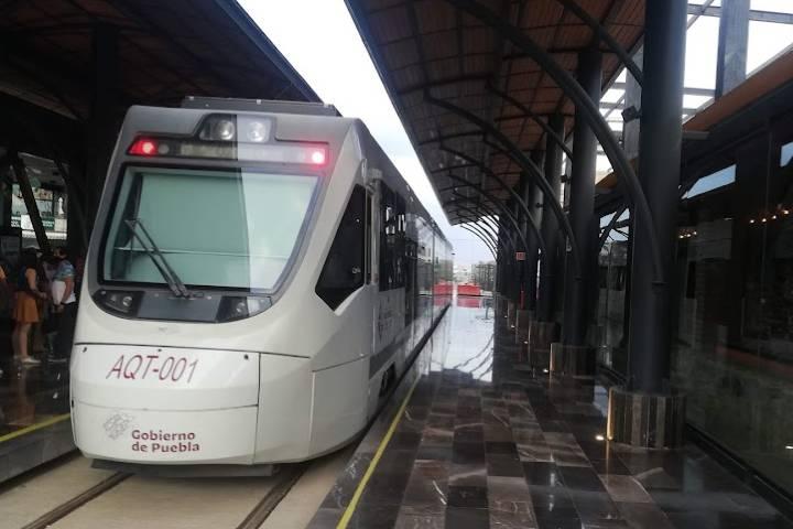 Tren turístico Puebla - Cholula - Foto Luis Juárez J.