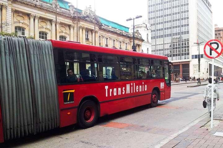 El transporte público de Bogotá será de gran ayuda durante tu viaje. Foto por Luis Felipe P.