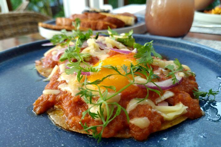 Desayuno en Parallel 20º Kimpton Tulum. Foto: El Souvenir